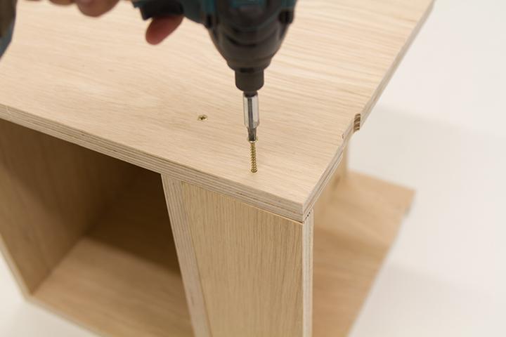 assembling a kitchen cabinet sample