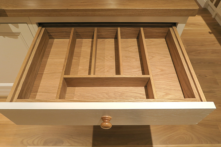 bespoke cutlery drawer insert