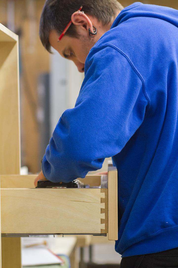 constructing birch ply drawer