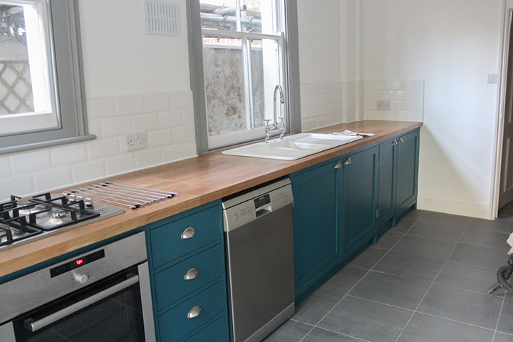 naked frame bespoke kitchen