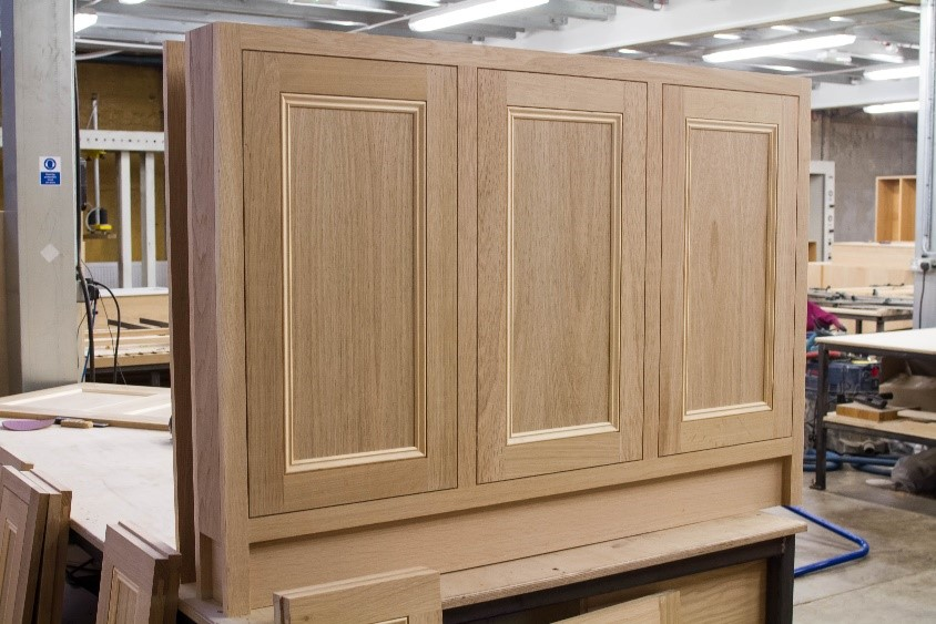 oak veneered end pannels