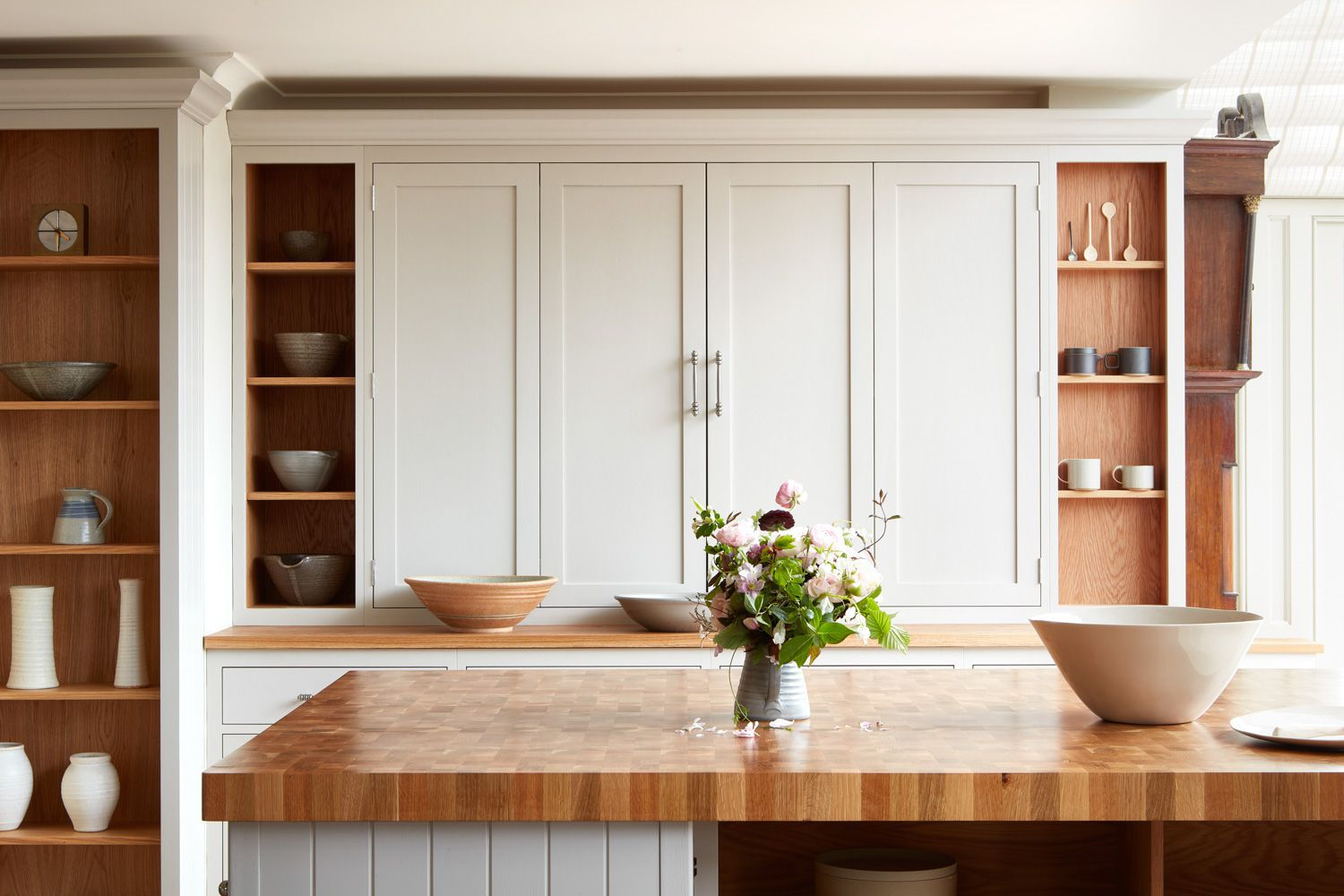 shaker kitchen cabinet style