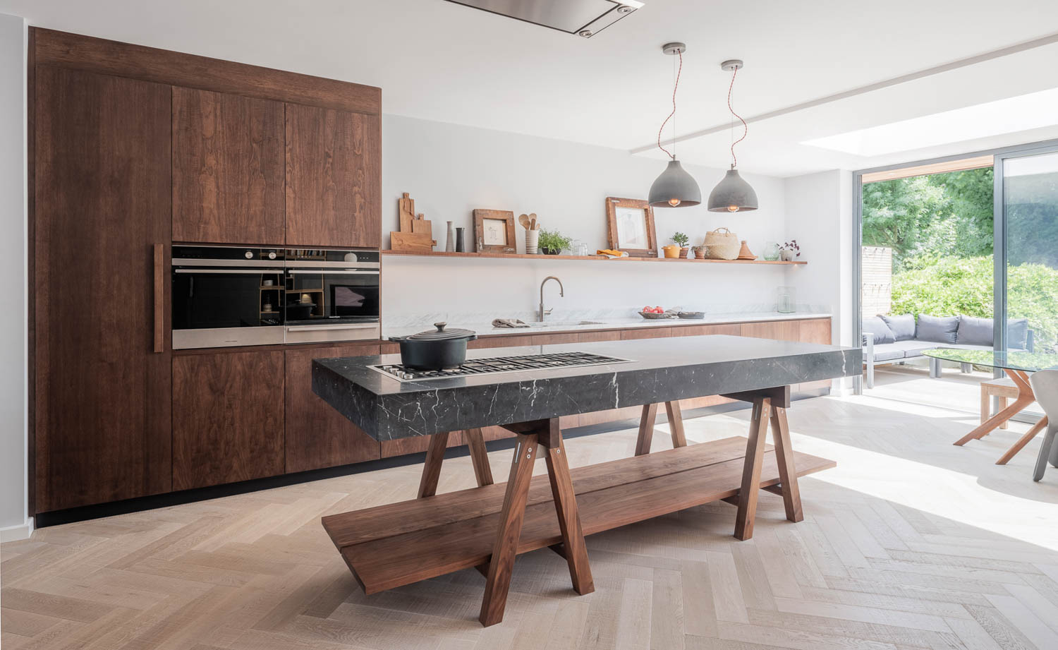 Contemporary Kitchens | Naked Kitchens