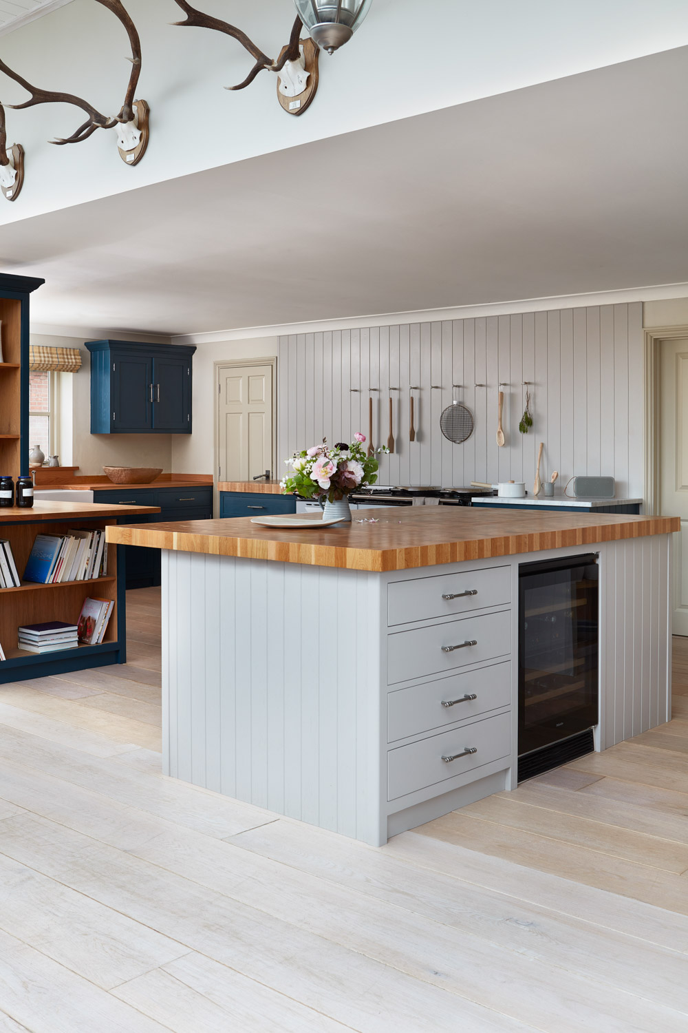 oak kitchen flooring