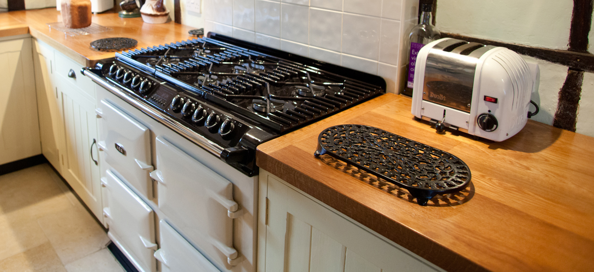 Traditional Plank Worktops
